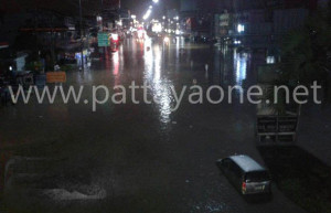 Hochwasser-Pattaya-Sept2015_02