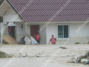 Hochwasser-Pattaya-Sept2015_09