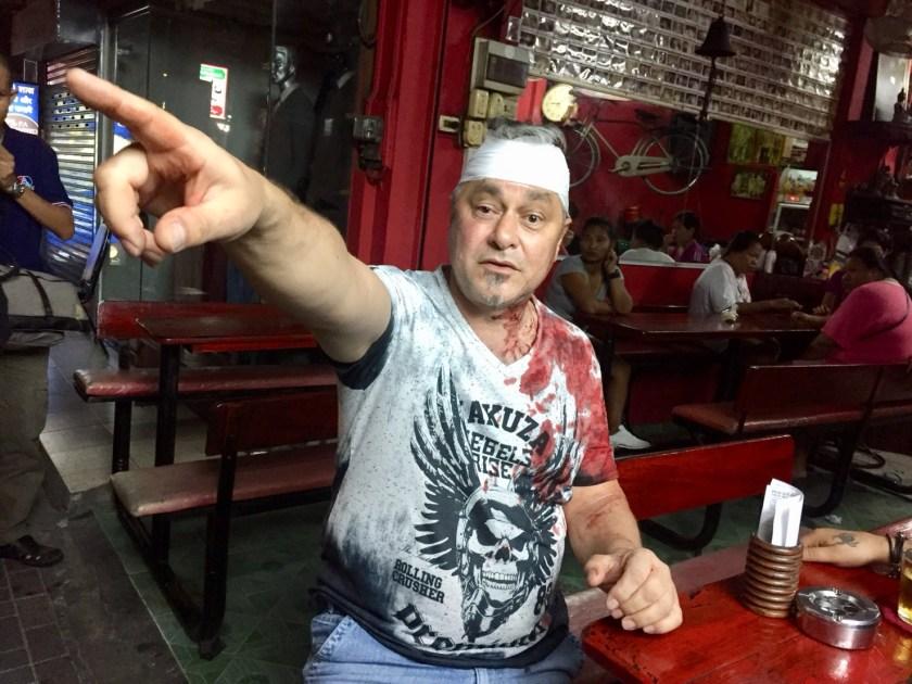 Schweizer Tourist wird vor einem Grillstand in Pattaya zusammengeschlagen