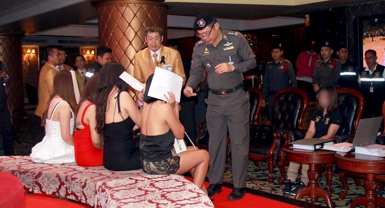 Thailand sollte sein Prostitutionsverbot überdenken, raten Experten